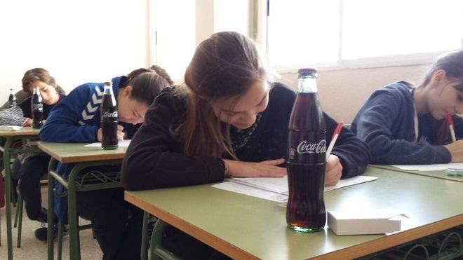 Los escolares baleares dejan volar su creatividad literaria con Coca-Cola