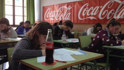 Numerosos jóvenes de Balears se dan cita en la final del concurso de relato breve en catalán