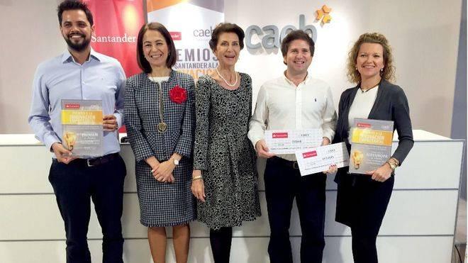 CAEB y Banco Santander premian a Air Europa y Enovam por su innovaci�n
