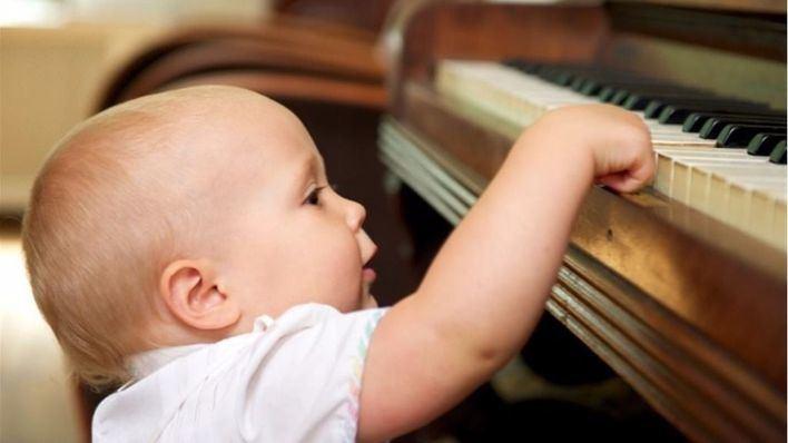Los fetos estimulados con música nacen más desarrollados