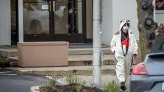 Disfrazado de oso panda amenaza con explotar una bomba en una televisi�n