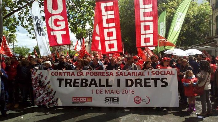 Centenares de voces exigen en Palma el fin de la precariedad laboral