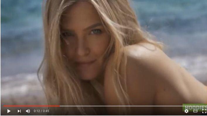 Israel censura un vídeo de Bar Refaeli por un plano de su trasero