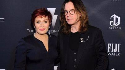 Ozzy y Sharon Osbourne se divorcian después de 33 años de matrimonio