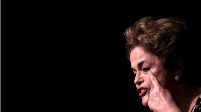 El Senado aparta del cargo a la presidenta Rousseff