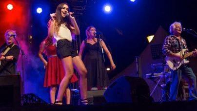 Lorena Ares presenta emocionada su último single