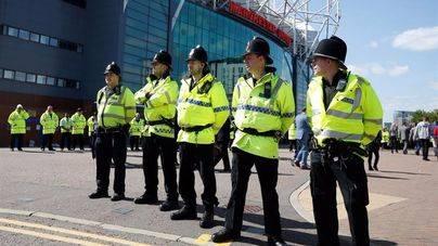 El artefacto hallado en Old Trafford era una bomba falsa de entrenamiento
