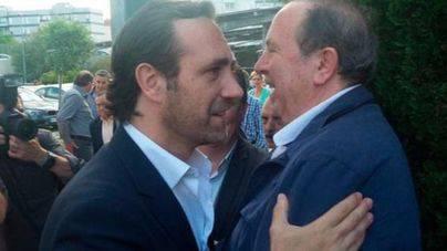 Los críticos acusan a Bauzá y Rodríguez de