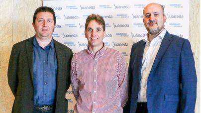 Dr. Joan Martí, Carles Mulet y Dr. Eric Canales