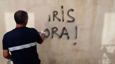 Cort incia la limpieza de las pintadas anti-turistas de Palma