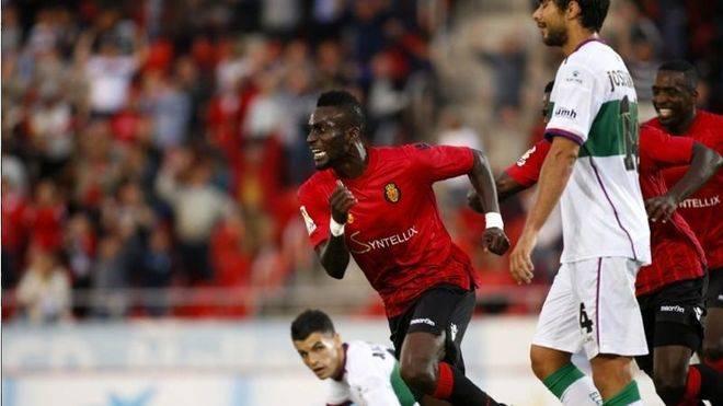El Mallorca encarrila la salvaci�n (2-1)