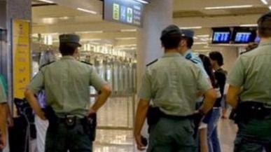 El Supremo sanciona a un guardia civil por saludar sin la gorra en Palmanova