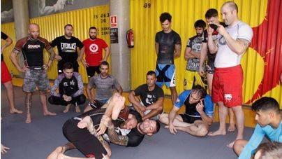 El campeón mundial de jiu-jitsu brasileño da su clase magistral en Palma