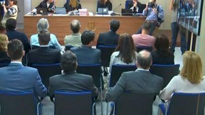 Manos Limpias mantiene su petición de 8 años de cárcel para la infanta