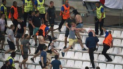 En estado grave 2 españoles por agresión de ultras rusos