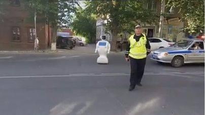 Un robot se escapa del laboratorio y obliga a cortar el tráfico