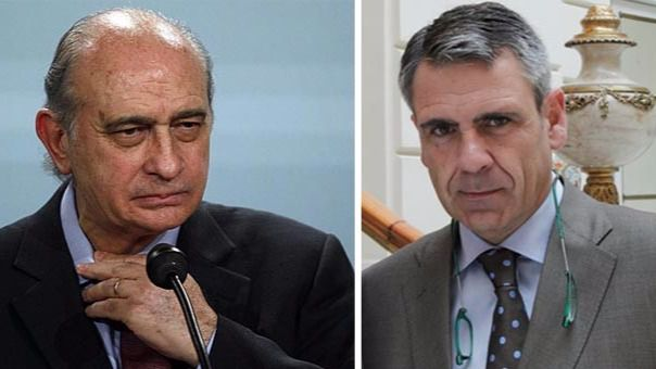 El ministro del Interior, Jorge Fernández Díaz, y el jefe de la Oficina Antifraude de Catalunya, Daniel de Alfonso