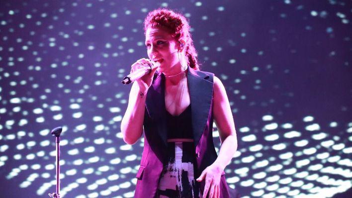 La cantante británica en un momento de la actuación