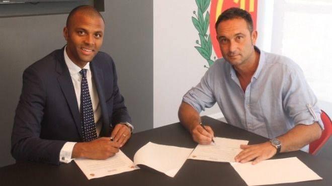 El Mallorca conf�a el proyecto del ascenso a Javier Recio