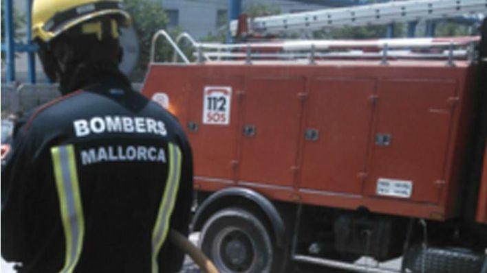 Dos caravanas afectadas por un incendio en Manacor