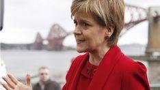 Escocia anuncia contactos inmediatos con la UE