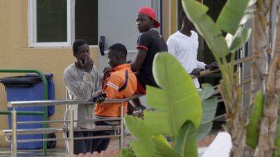 Más de 30 inmigrantes entra en Melilla en un salto masivo