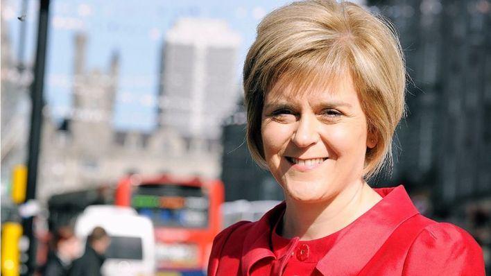 Escocia sugiere que su Parlamento podría bloquear el Brexit