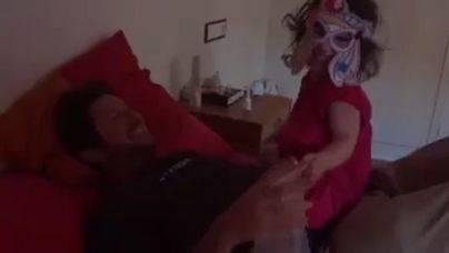 Jarabo atemoriza a su hija con la subida del IVA