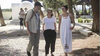 3 actores de 'Juego de Tronos' visitan Lesbos para crear conciencia