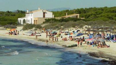 8 de cada 10 lectores consideran que las lanzaderas de Campos no facilitarán el acceso a la playa