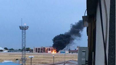 Dos muertos al estrellarse una avioneta civil en Cuatro Vientos