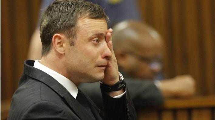 Pistorius es condenado a 6 años de cárcel por el asesinato de su novia