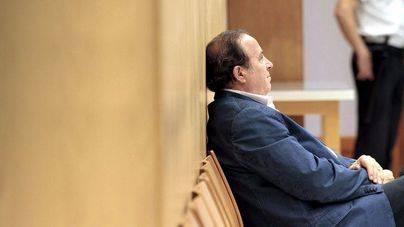 El juez imputa a Rodríguez por la trama de corrupción en la Policía Local