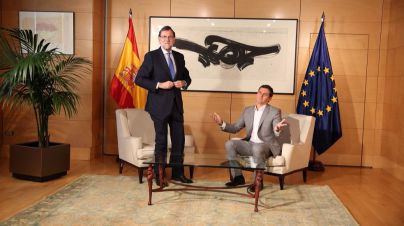 Rivera se niega a estrechar la mano de Rajoy por segunda vez