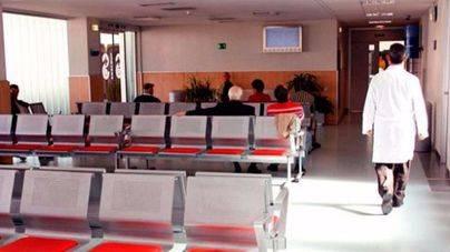 El sindicato médico pide el cierre de centros de salud por la tarde ante la falta de personal