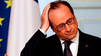 Francia se escandaliza por el sueldo del peluquero de Hollande