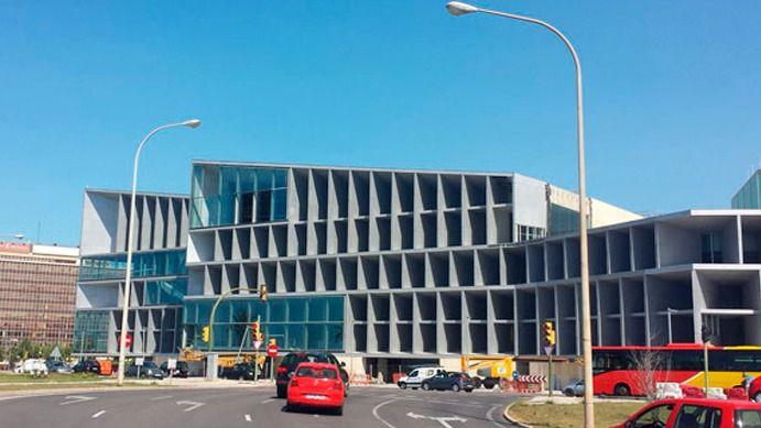 Barceló, Melià y HOTUSA optan a la gestión del Palau de Congressos
