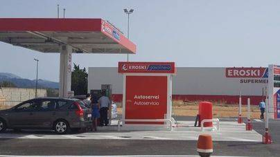 Eroski abre su primera gasolinera en Mallorca
