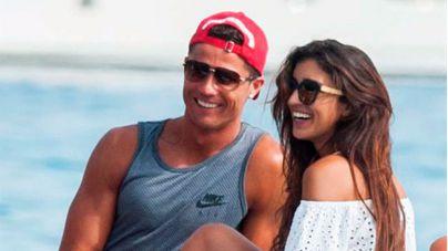 Amiga nueva para el fin de las vacaciones de Ronaldo