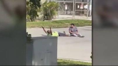 Un policía dispara a un terapeuta negro cuando asistía a un paciente