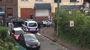 El Estado Islámico reivindica el ataque contra una iglesia de Normandía