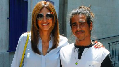 Mariló Montero celebra sus 51 años con una visita a Telecinco