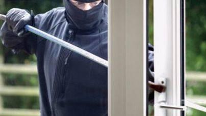 Detenido tras entrar a robar a un chalet en Valencia y quedarse encerrado