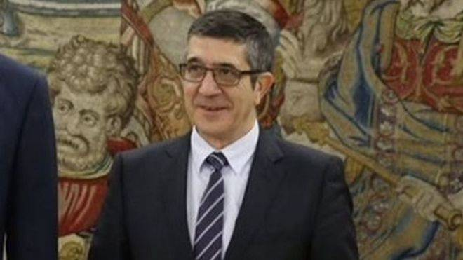Patxi López dice que Rajoy intenta