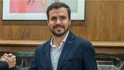 Garzón pide a Sánchez un Gobierno sin esperar a que pierda Rajoy