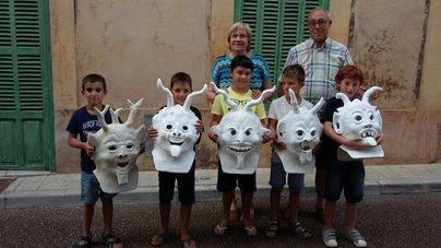 Niños de 7 y 8 años crean una 'colla de dimonis' en Porreres