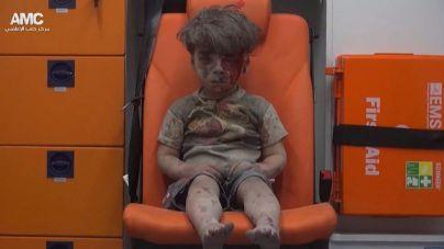 Omran se convierte en la imagen del horror en Siria