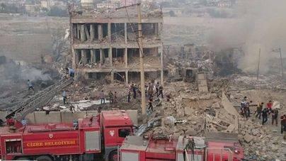 11 muertos y 60 heridos en un atentado con coche bomba en Turquía