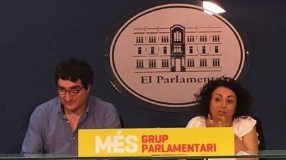 Més quiere que el Parlament rechace el contrato único porque