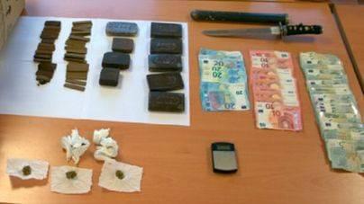 5 detenidos por vender droga en el barrio de la plaza de toros y Son Gotleu